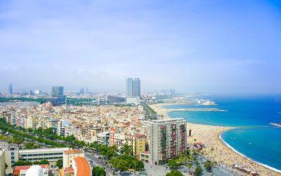 Top 10 Playas de Barcelona y cercanías para disfrutar del verano